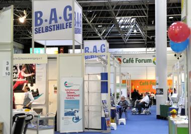 Foto: Messestand der BAG