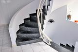 Treppenlift für Kurventreppen
